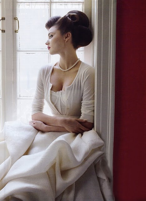 Pearls with cardigan