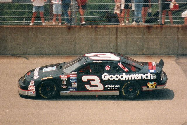Old School NASCAR- Dale Earnhardt 1994 Michigan    Michigan International Speedway – June 1994