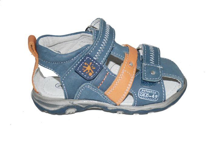 #children #shoes Παπουτσοπέδιλο Mούγερ δερμάτινο, τζην με ανατομικό πέλμα, και αυτοκόλλητα κουμπώματα. www.mouyer.gr/store/products/collections/season2015S/itemA12080-6500-23