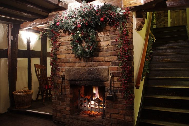 Black Lion in Nantwich, Cheshire -- Christmas as it should be!