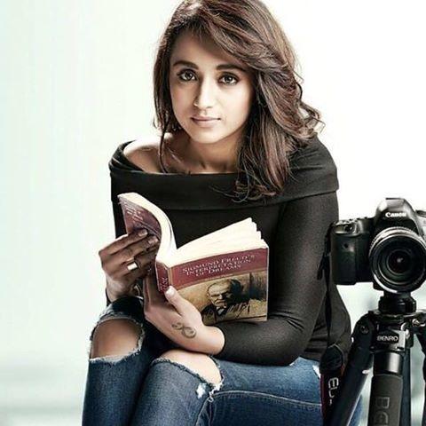 #trishakrishnan #trisha #kollywood #mollywood #tollywood #tamil #telugu #malayalam #mallu #cinema #movie #song #actress #actor #tamilcinema #tamilsong #tamilactor #tamilactress #kollywoodcinema #kollywoodactor #indiancinema