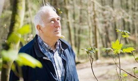 """Jean Vanier : """"La fragilité est au cœur de l'humain"""" - Société - #jeanvanier #handicap #larche"""