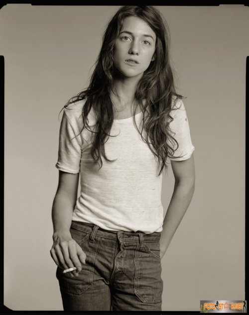 // Charlotte Gainsbourg