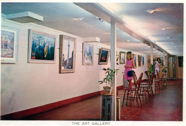 At first, the interior of PS Gem was used as the Swan Hill Art Gallery