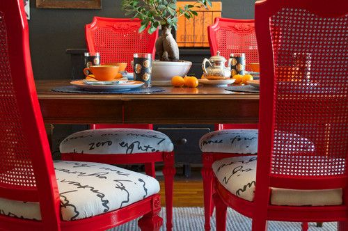 Dining Set Make Over: Reclaim dated dining chairs for far less than buying new, using spray paint, modern fabric and a handful of tea bags