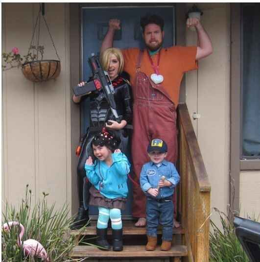 The Wreck it Ralph Family | 18 Families That Prove The Family That Cosplays Together, Stays Together
