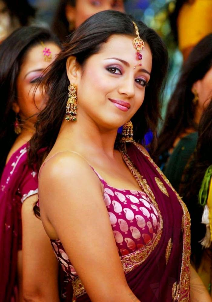 Truly hot tamil actress