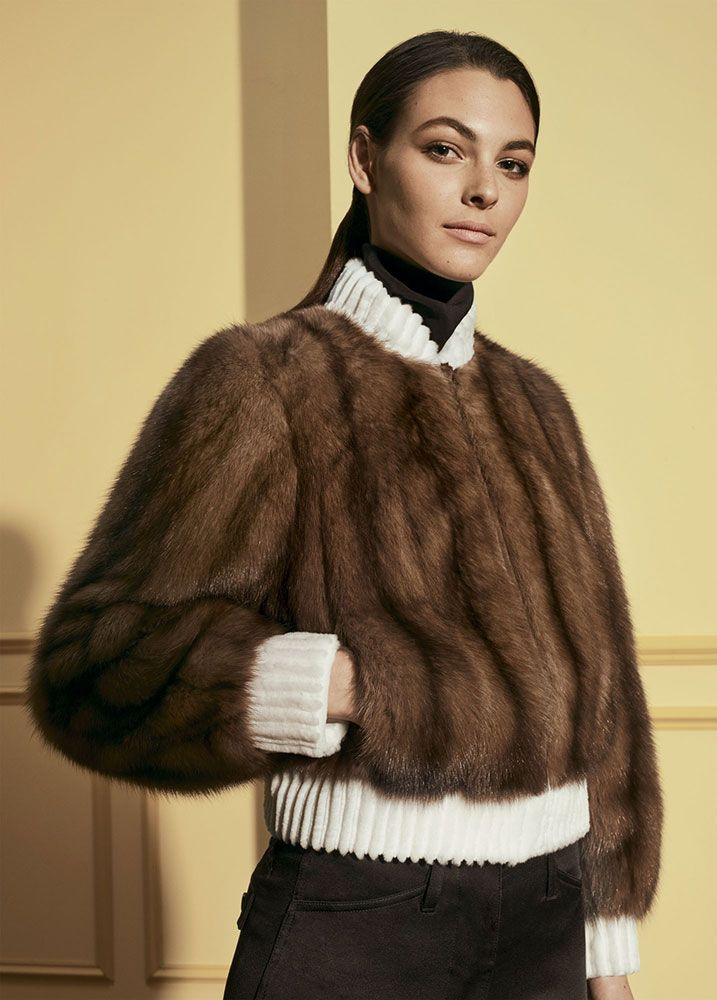 Preview the latest from Fendi luxury line of fur coats, hats, stoles and otehr  fashions.  See the lastest at the official Fendi website.