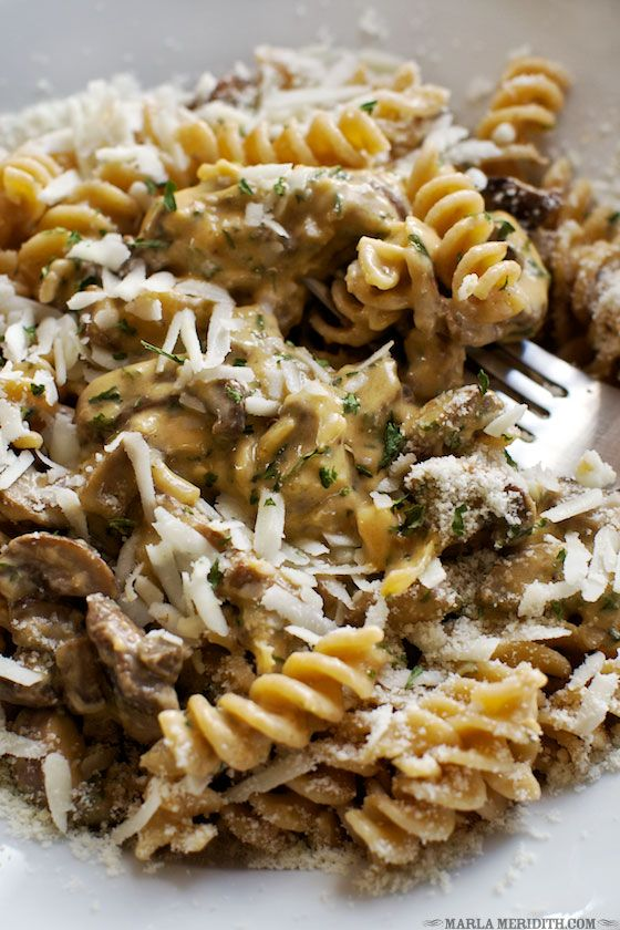 Fusilli Mushroom Mac 'n Cheese | Your whole family will LOVE this pasta! FamilyFreshCooking.com — Family Fresh Cooking
