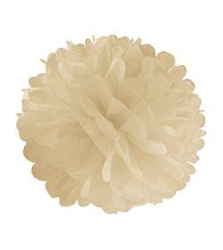 pompon blanc http://www.babayaga-magazine.com/sous-le-lampion-exactement/#more-14503