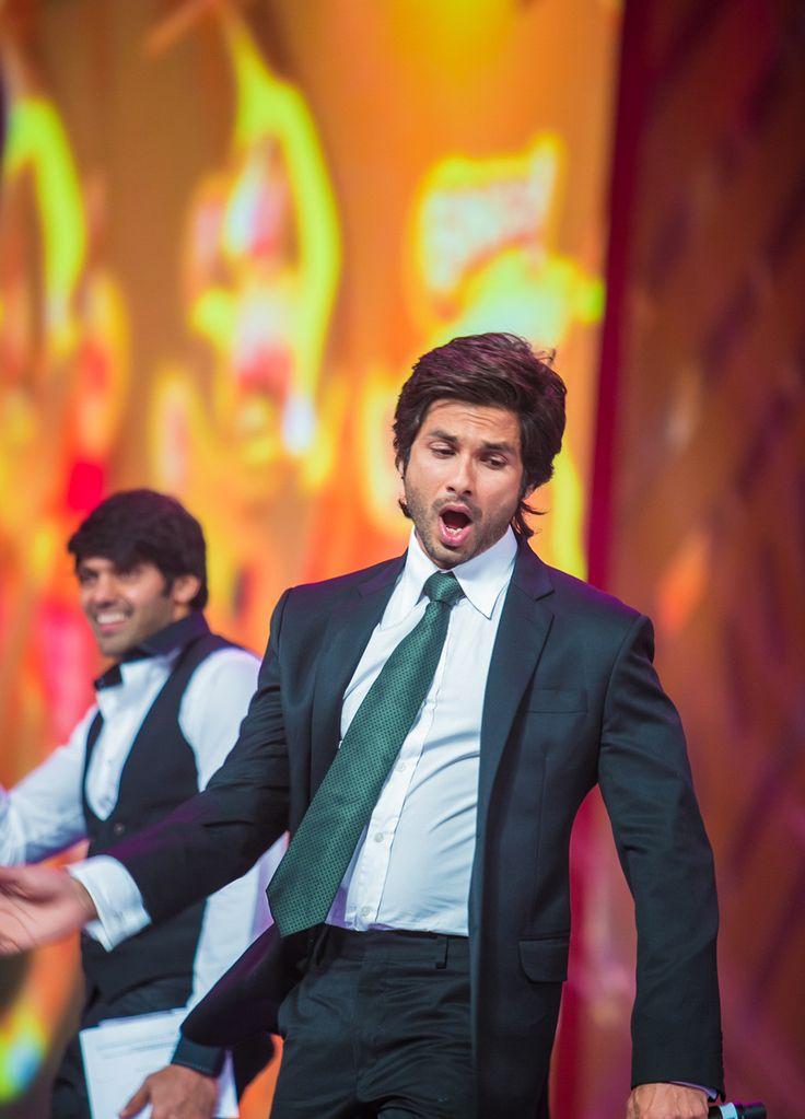 Shahid in Dubai SIIMA Awards - Imgur