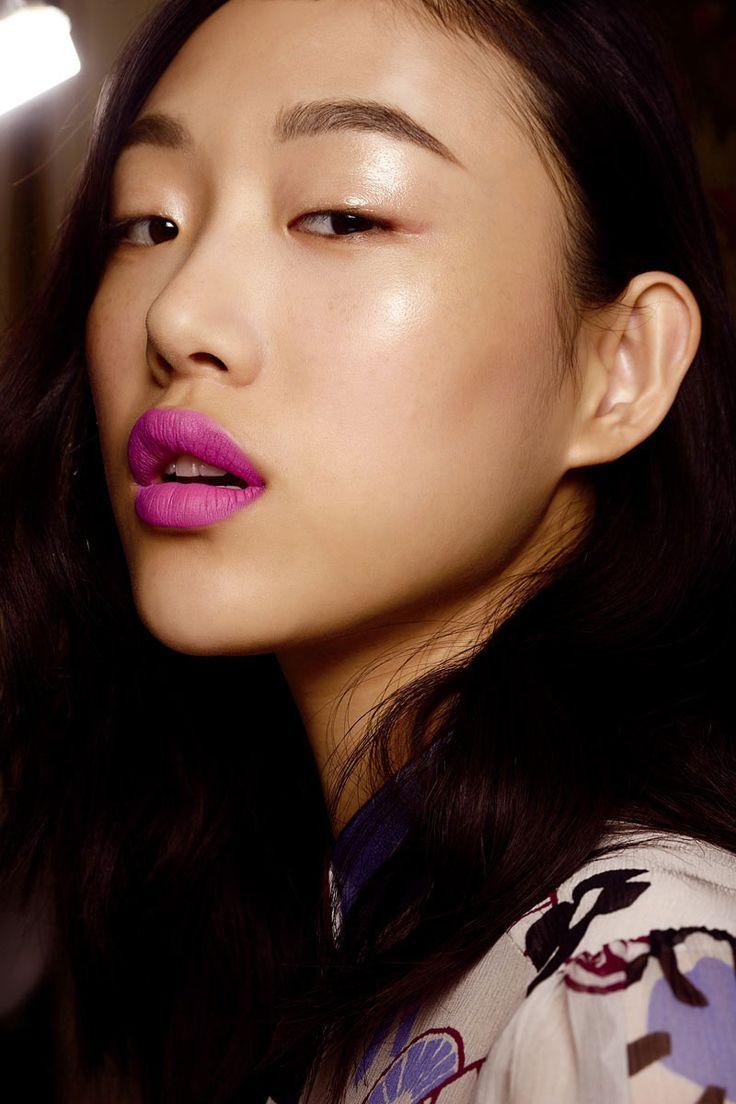 Maquillaje en tonos flúor y pastel: manual de uso © Cordon Press/InDigital/M.A.C.