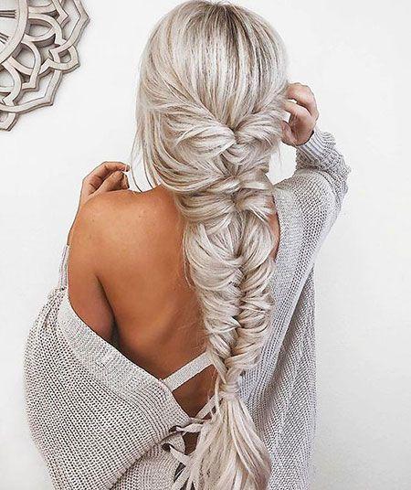 28 coiffures simples mignonnes pour les cheveux longs