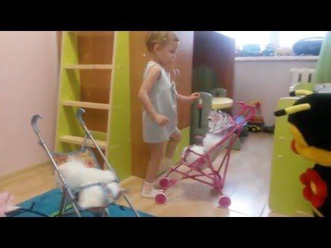 Обзор Виолетта играет с интерактивной собачкой playing with interactive dog - YouTube