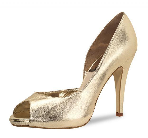 Geweldige gouden high heels! Deze pump heeft een kleine plateauzool.