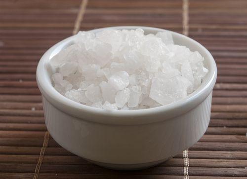 El magnesio es esencial en la realización de diversos procesos metabólicos. En este artículo te contaré los 14 beneficios del magnesio para tu salud.