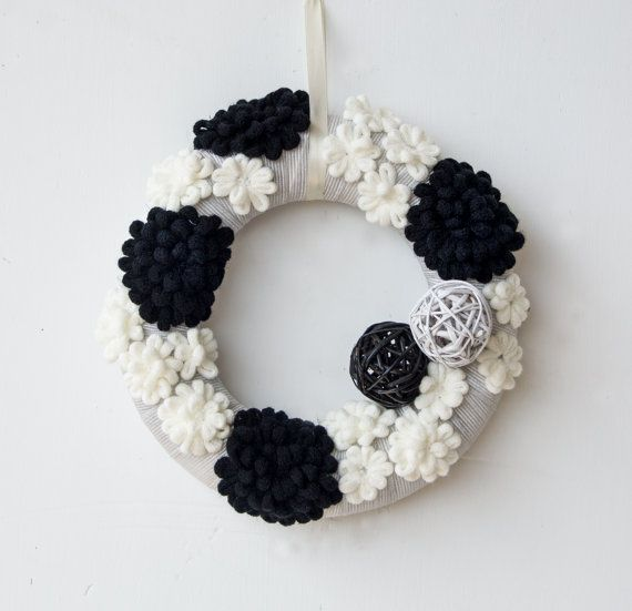 OOAK black and white decorative wall wreath, made in Italy wall decor, sophisticated wall art, unique home accent, ltalian wall hanging