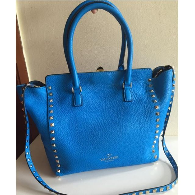Fast sale! Valentino Rockstud Bag in Blue CyanWith dustbag and tag11.5jt