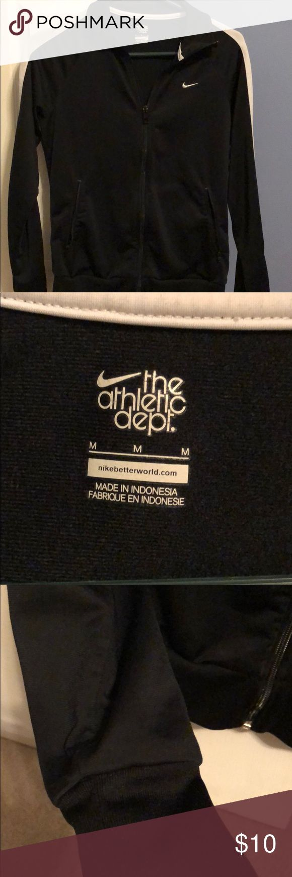 Black Nike Track Jacket Women's Nike Track Jacket , great for the gym ! Worn only a handful of times , no stains, rips or marks. Like new condition! Nike Sweaters