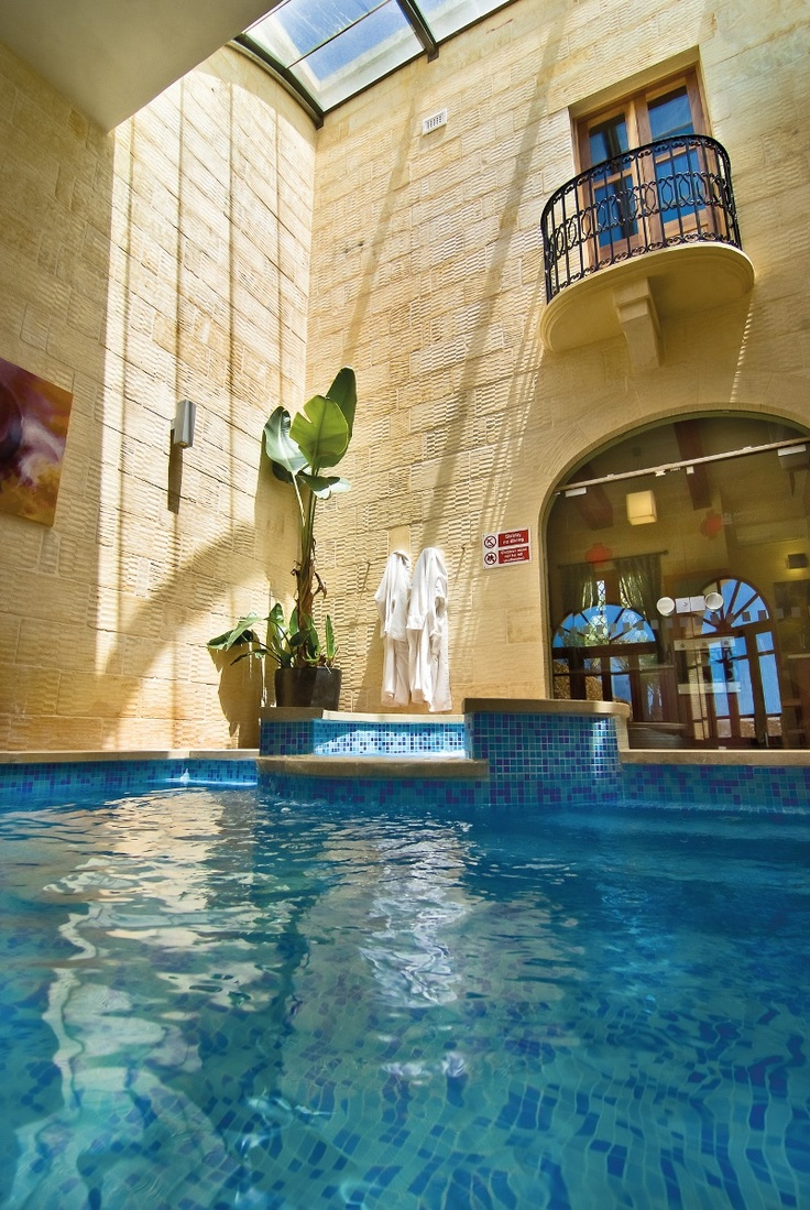 Wonderfull holiday home on gozo book now http www for Pool design book