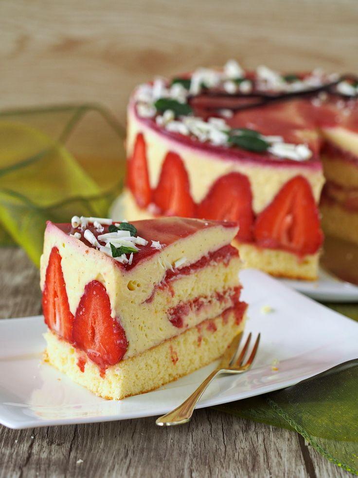 Vanille-Erdbeer-Torte | Zum Kaffee dazu...