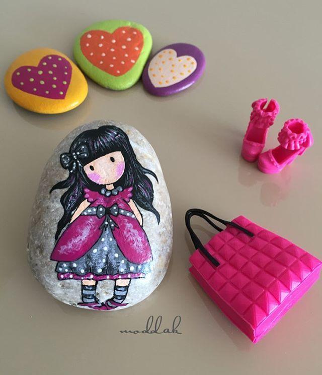 Gezmelerdeydik#tasboyama #taşboyama #stonepainting #paintedstones #stoneart…