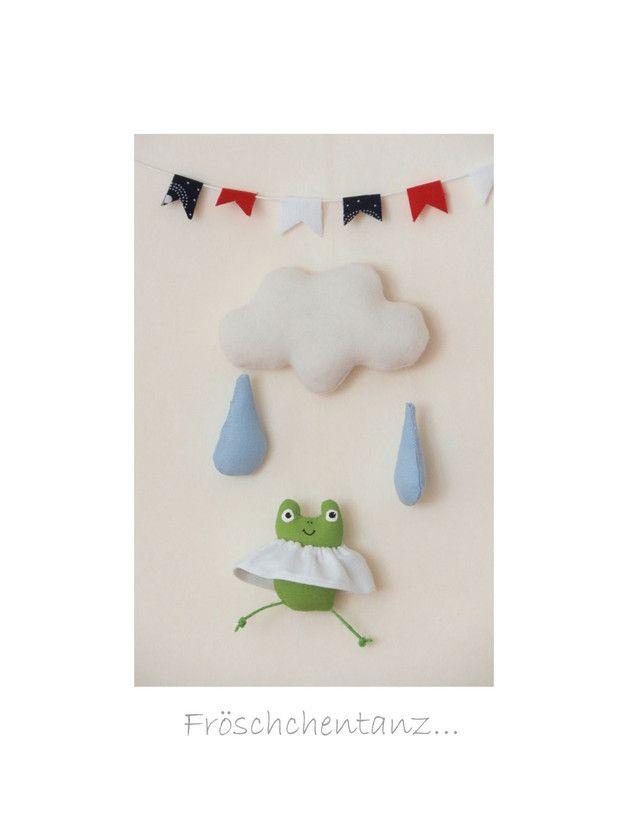 Kinderzimmerdekoration - mini - Mobile Wolke - Regentropfen - Frosch - ein Designerstück von uggla-deko bei DaWanda