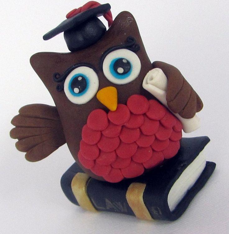 Fondant Owl cake topper for a graduation cake