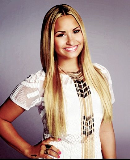 demi lovato blonde hair lookalikes pinterest hair