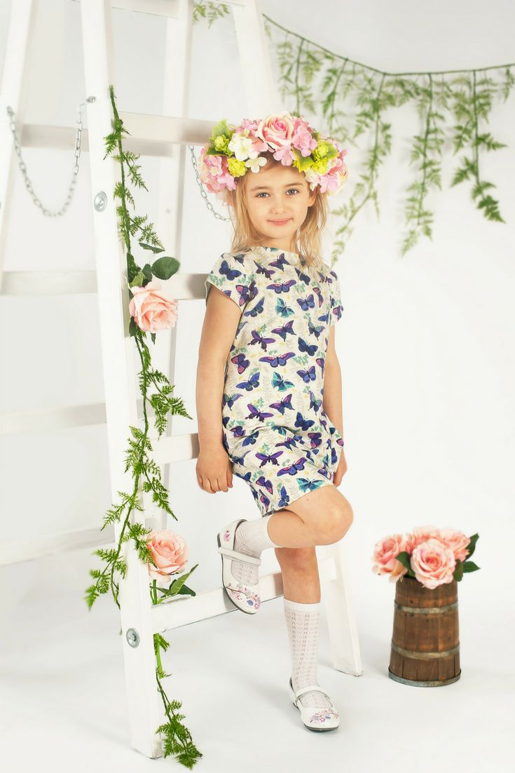 Mother, daughter and doll in the same dress. #motyl #schmetterling #butterfly #wreath #flower #doll #outfit #dress #sukienka #kleid #kleidung #puppe #toys #customized #custom #inspiration #birthday #easter #present #gift #prezent #geschenk #poupée