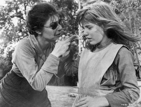 Best Actress and Best Supporting Actress 1963 - Anne Bancroft as Annie Sullivan and Patty Duke as Helen Keller in The Miracle Worker  (Oscars/Academy Awards):