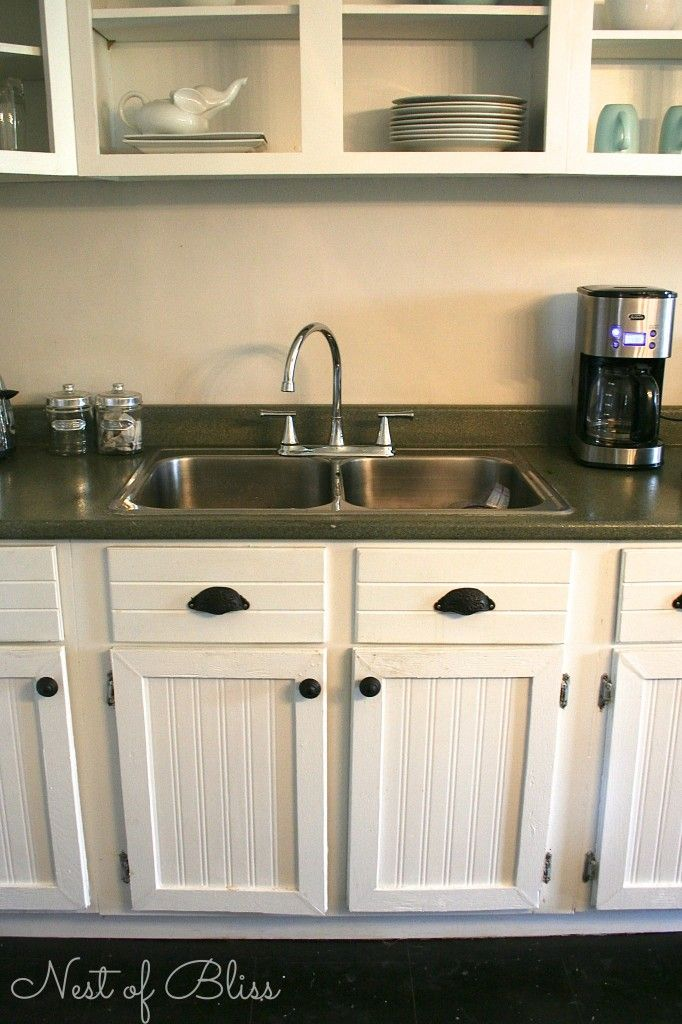 Learn How You Can Easily Cover Up Your Existing Countertops And Create A  Faux Granite Finish With Spray Paint!