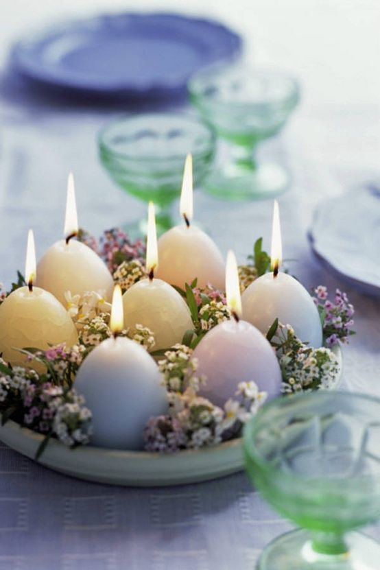 Beautifull Candles for a Easter Centerpiece