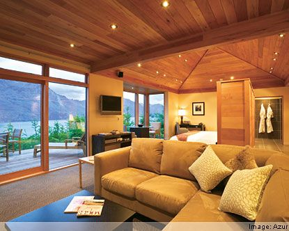 Queenstown accommodation options for hotels, motels, apartments, backpackers, camp grounds, b, luxury resorts and farmstays.