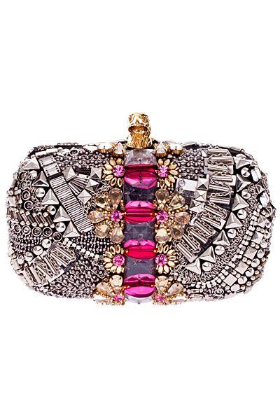 Emilio Pucci - Resort Accessories - 2013 Ohohoh! Wat een blingbling handtasje! Eigenlijk heel fout, maar ik vind het zo mooi!!!!