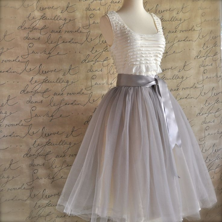 Women's tulle skirt in dove grey tulle and satin