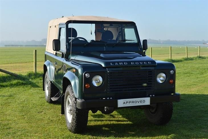 Used Land Rover Defender 90 2.2d 2 dr for sale in Wiltshire with What Car? Classifieds, the UK's best online car classifieds.