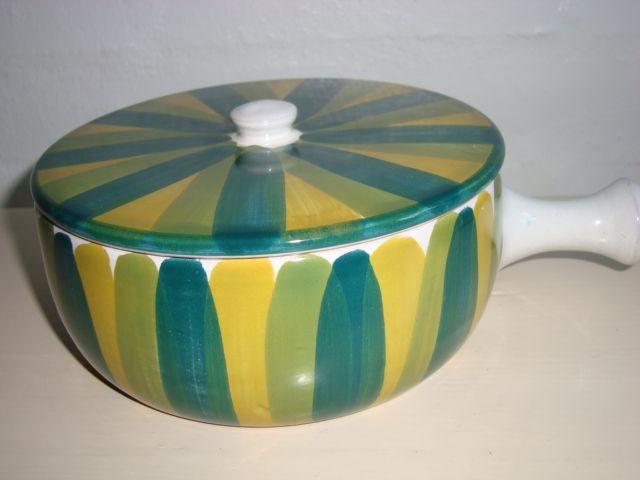 Bangholm bowl/sildeskål. #bangholmkeramik #danishceramics #ceramics #pottery #keramik #bowl #sildeskål. From www.TRENDYenser.com. SOLGT/SOLD.