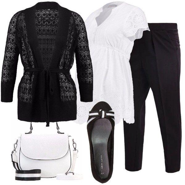 Bianco e nero per questo outfit: bianco per la camicetta 100% cotone, a mezze maniche, e la borsa a mano. Nero per i pantaloni, il cardigan leggero e le ballerine, con fiocco decorativo bianco e nero, come la tracolla della borsa.