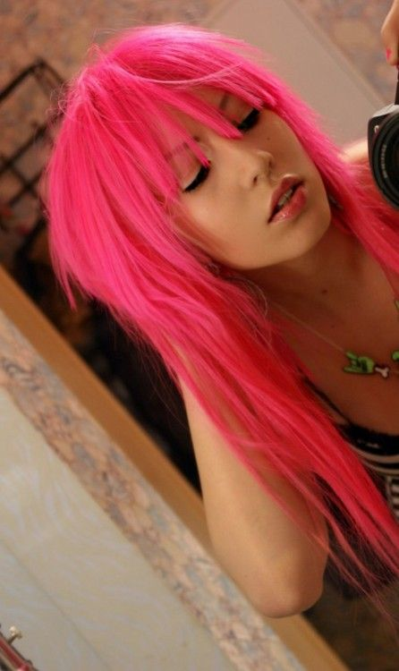 25 best ideas about bright pink hair on pinterest bright hair hot pink hair and crazy colour. Black Bedroom Furniture Sets. Home Design Ideas