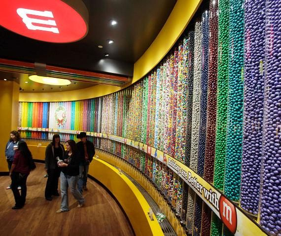 m&m store candy wall | Candy | Chocolate factory, Big ...