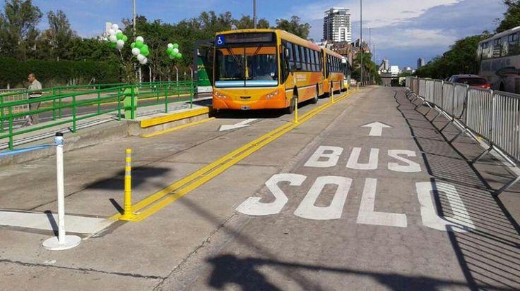 SoloBus , Avenida Sabatini . Cordoba Capital , Departamento Cordoba Capital , Provincia de Cordoba .