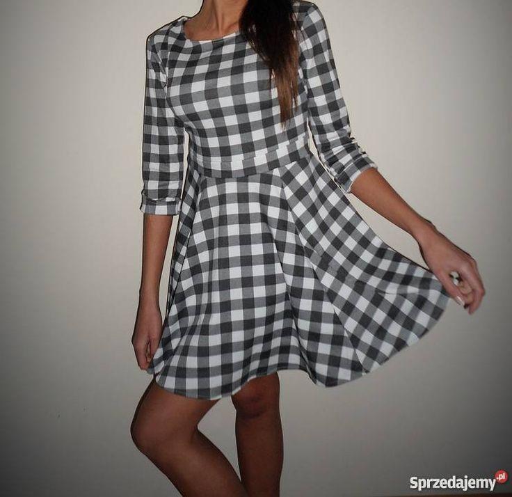 Unikalna Włoska Sukienka