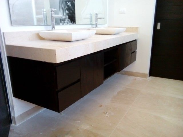 105 best images about cuartos de ba o on pinterest for Mueble de madera doble lavabo bano