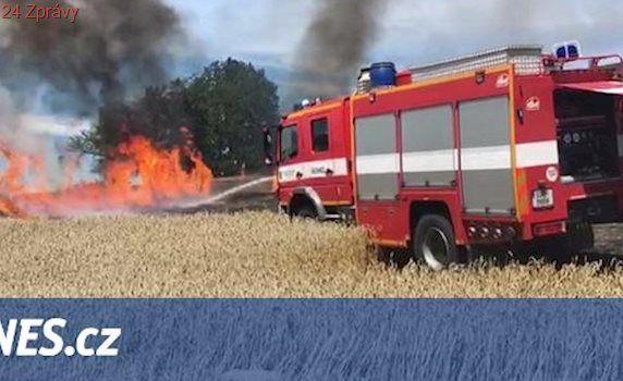 VIDEO: Oheň ožehl na Benešovsku 60 hektarů obilí, škoda je přes milion