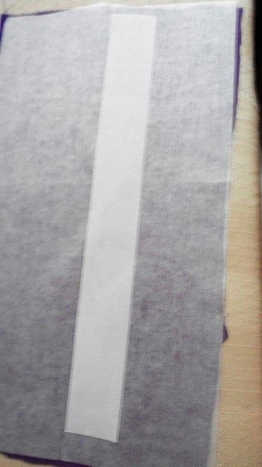 Tudung twist 5 - lipat dua kain memanjang. Buka lipatan & iron kain gam ditengah.