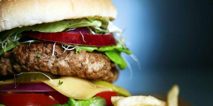 RIKTIG KJØTT: Det beste i hamburger er karbonadedeig eller ferskt grovmalt biffkjøtt fra slakteren.