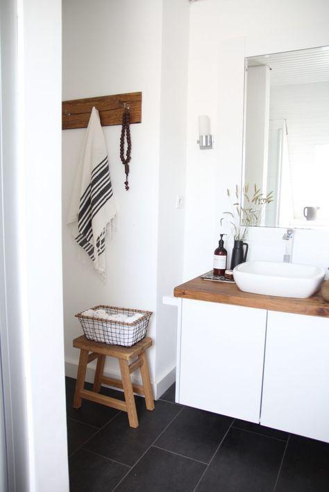 Badezimmer selbst renovieren ist super einfach! Hier findet ihr Tipps und vorher nachher Bilder. Bad sanieren verschönern gestalten. badezimmer-günstig-renovieren-ideen