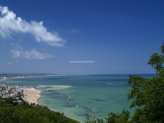 Gabicce Mare - Marche, Italy #gabicce #destinazionemarche #hotelacrux