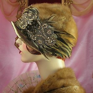 so far the most amazing hat ive seen, in love